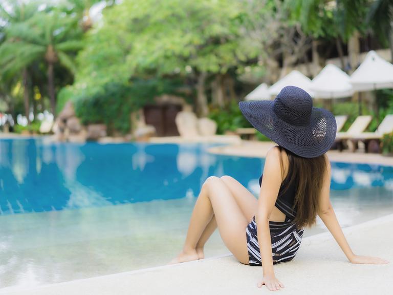 liên hệ Bơi Kèm Riêng Phạm Tuân