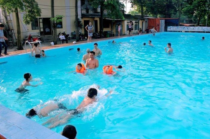 Mỗi thứ 2 hàng tuần hồ bơi sẽ tạm thời đóng cửa không hoạt động để thay nước