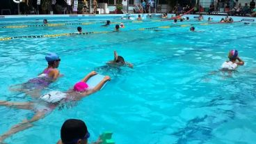 Trung Tâm Dạy Bơi Phạm Tuân là địa chỉ học bơi chất lượng cao ở hồ bơi Bình Thạnh