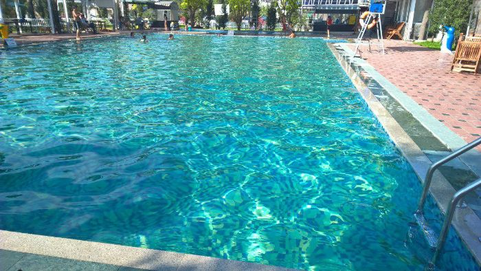 Hồ bơi công viên nước Thanh Lễ nằm ở tọa lạc số 563 đại lộ Bình Dương, phường Hiệp Thành, thành phố Thủ Dầu Một, tỉnh Bình Dương