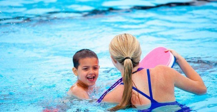 Nếu bạn đã đến hồ bơi Lê Thành thì chắc chắn không nên bỏ qua những khóa học bơi của Trung Tâm Dạy Bơi Phạm Tuân