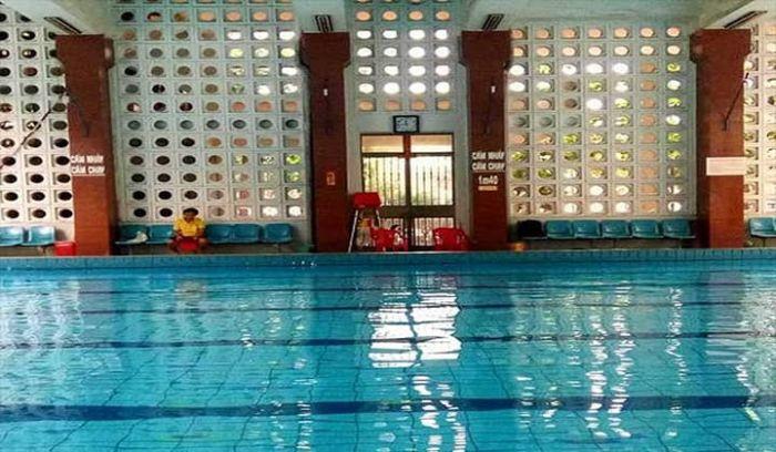 Hồ bơi Tản Đà nằm ở số 69 Tản Đà, phường 11, quận 5, thành phố Hồ Chí Minh